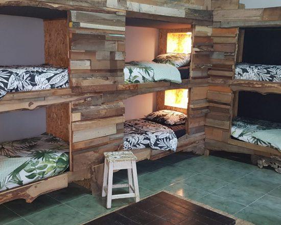 shared room dorm hostel surfhouse B&B vacation vakantie surf